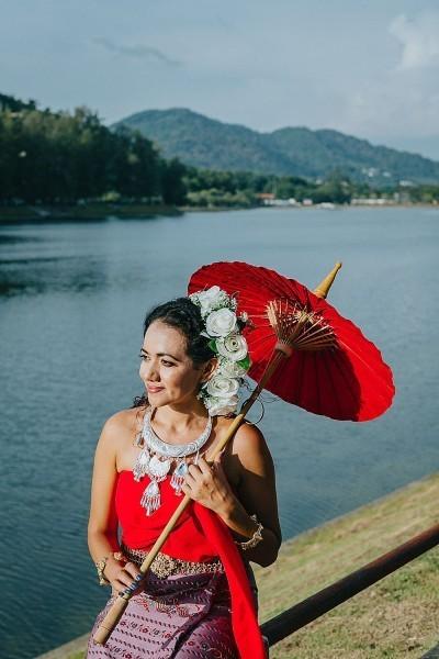 Thai dress