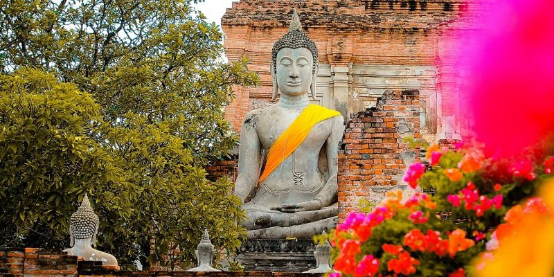 It's school holidays for two long months so we took a trip to Ayutthaya to spend some time in the old capital of Thailand. First we flew to Bangkok on…