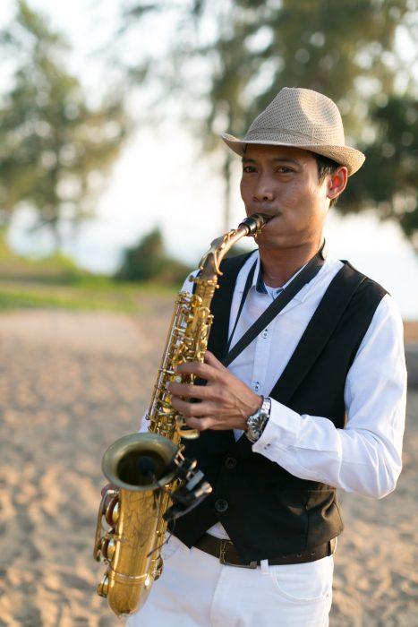 JW Marriot sax